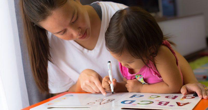 آموزش کودک چهار ساله