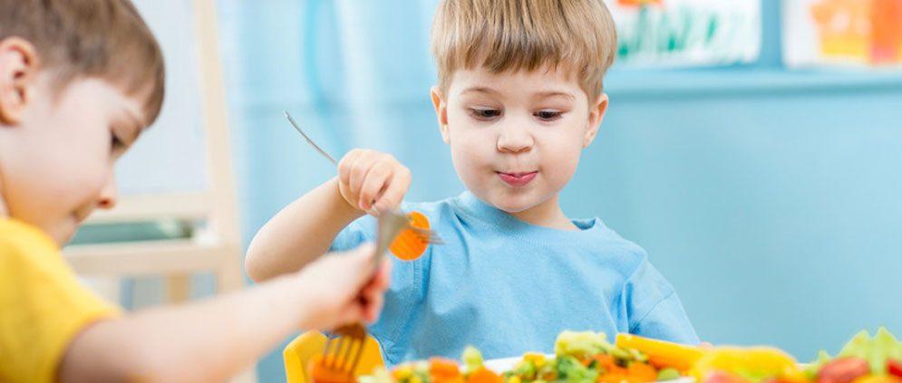 روش تغذیه کودکان سه ساله