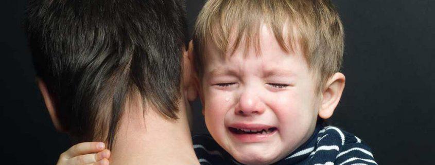 علت ناله و زاری کودکان